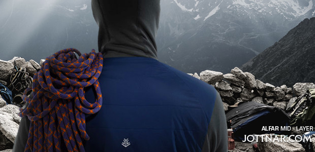 www.jottnar.com FACEBOOK | TWITTER | INSTAGRAM | YOUTUBE Tough, reliable, focused. The Alfar is a no-nonsense mid-layer, with the same qualities that you'd choose in a climbing partner. https://www.jottnar.com/…/produ…/alfar-mens-mid-layer-jacket
