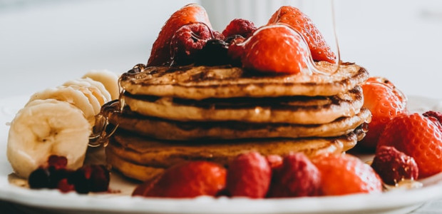 Pancakes: great, fibre: even better, so why not fuel up on fibre this Pancake Day with this Mixed Berry Pancake Stack? Experts say we should all eat 30g fibre a […]